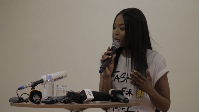 Mode für Bedürftige: Show von Naomi Campbell in Cannes