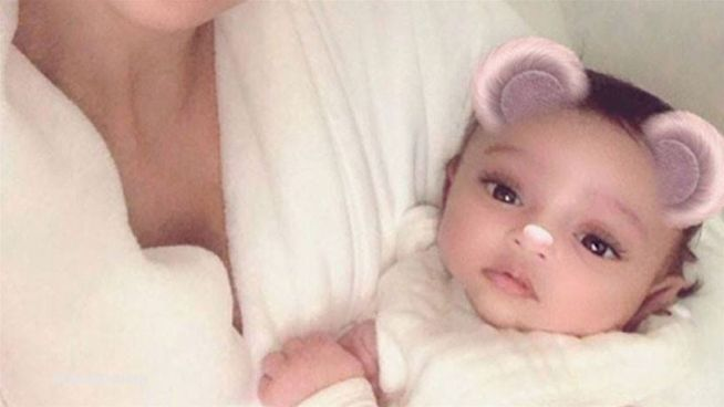 Erstes Bild: Kim Kardashian zeigt Töchterchen Chicago