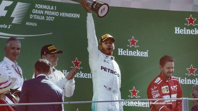 Gibt Lewis Hamilton Gas? Rennen auf dem Musikmark