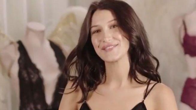 Mit süßen 20: Bella Hadid läuft für Victoria's Secret