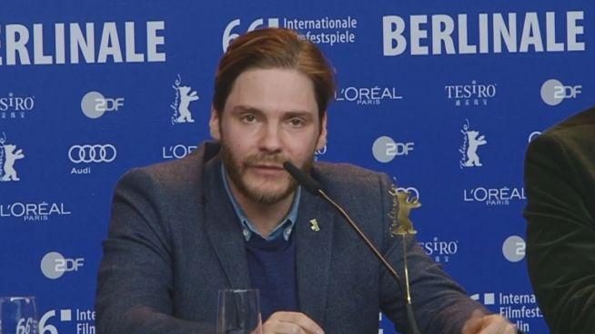 Berlinale: Daniel Brühl warnt vor rechter Gefahr