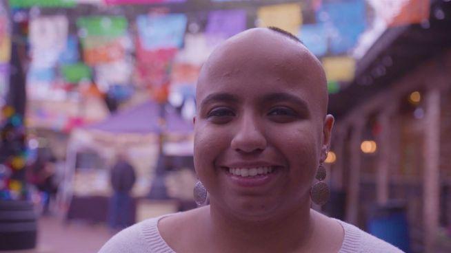 Activism August: Wie Sanah zur Wegbereiterin für Selbstliebe wurde